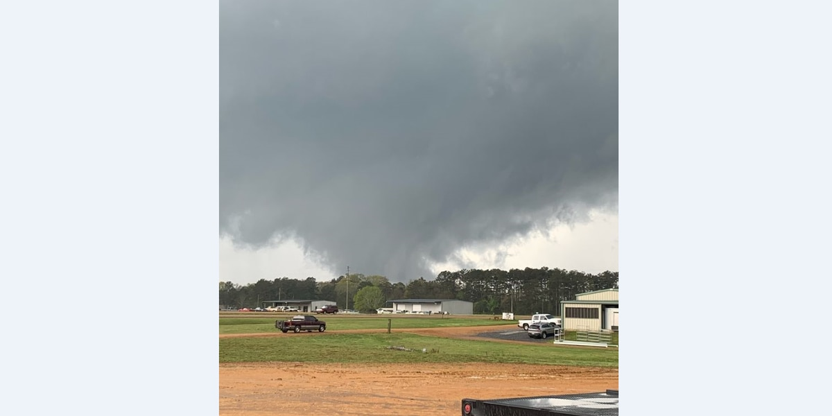 Officials assessing damage following Lincoln Co. tornado