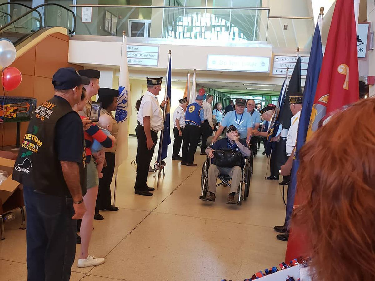 World War II veterans arrive in New Orleans for a special trip