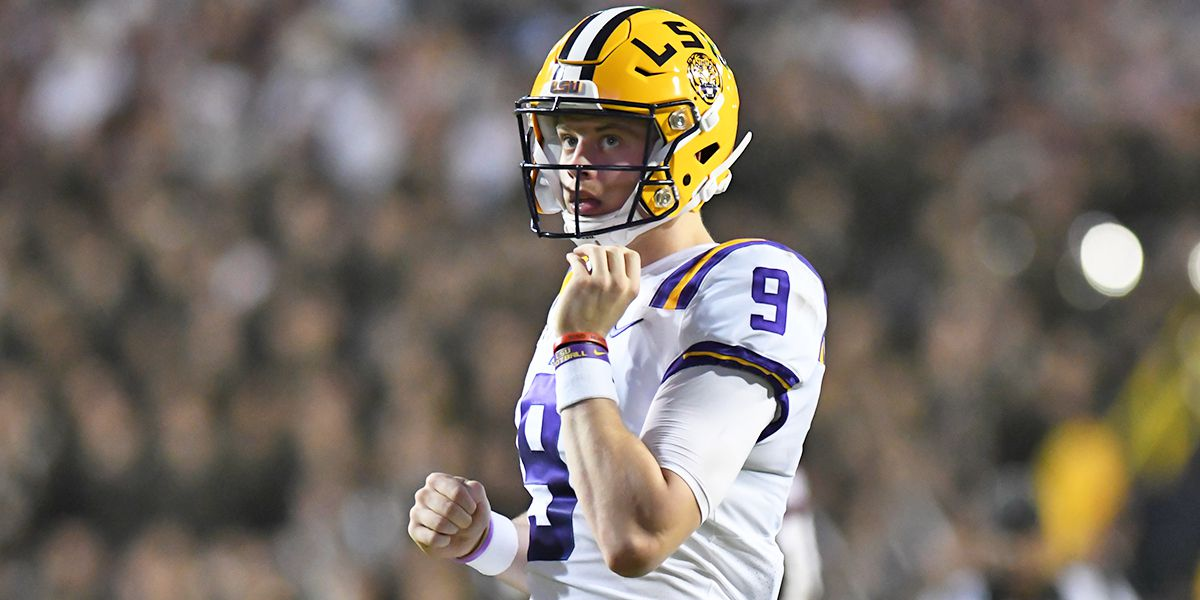 'Everyone stay inside,' Joe Burrow urges people to self-quarantine to help flatten the curve