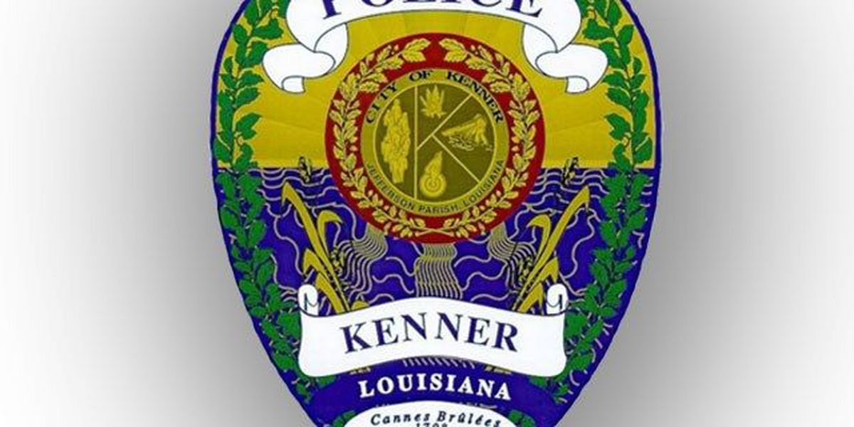 Man stabbed to death in Kenner apartment parking lot