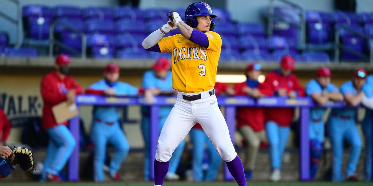 LSU baseball freshman named to Golden Spikes midseason list