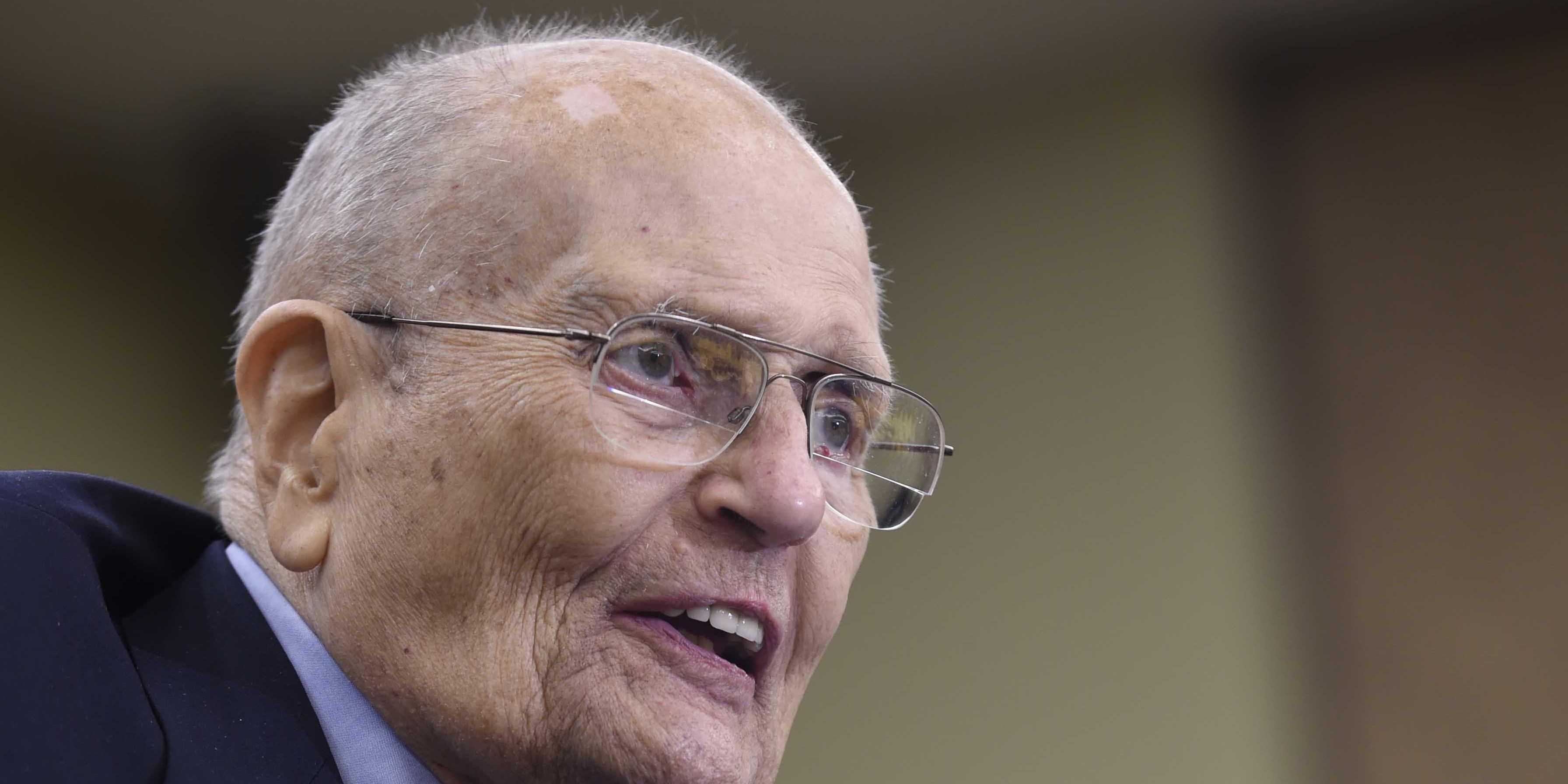 AP Source: Former Michigan Rep. John Dingell in hospice care