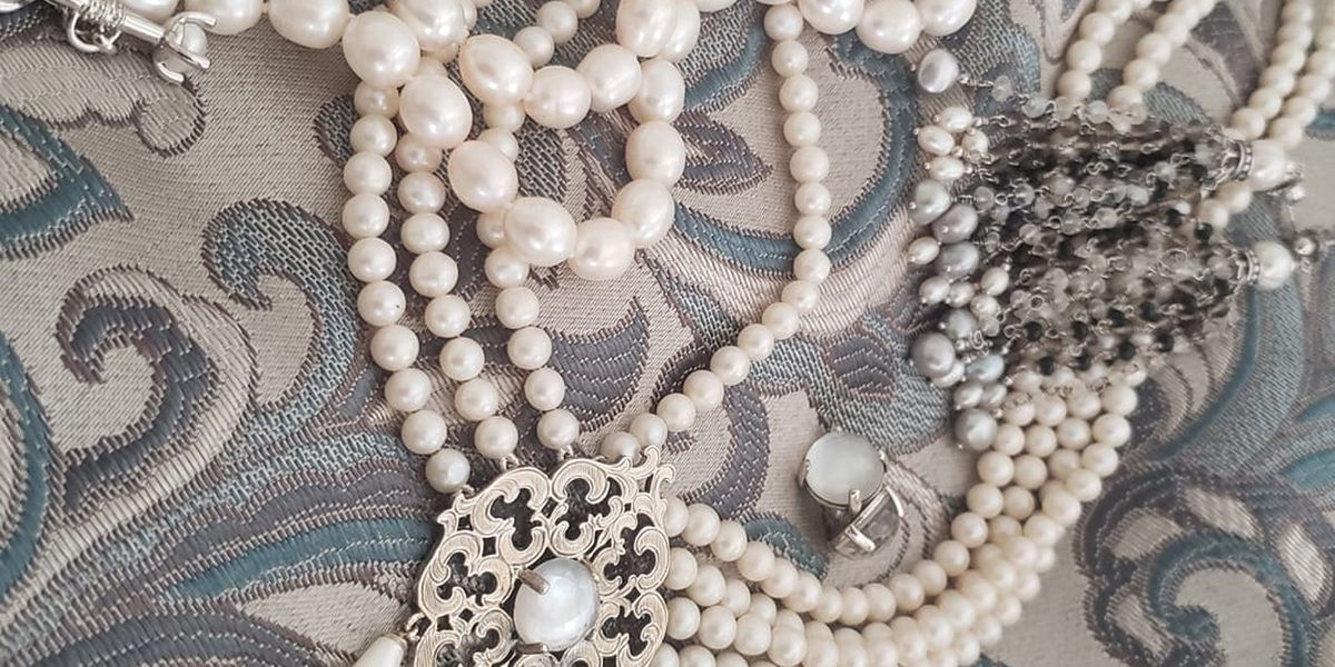 Women wear pearls on Inauguration Day