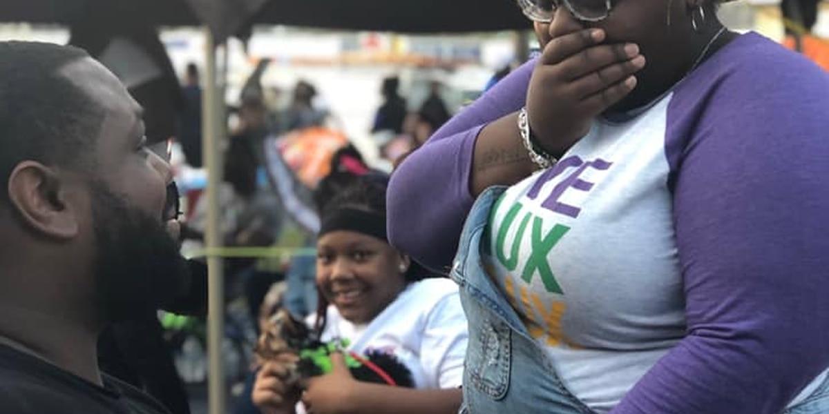 Mardi Gras proposal at Endymion parade