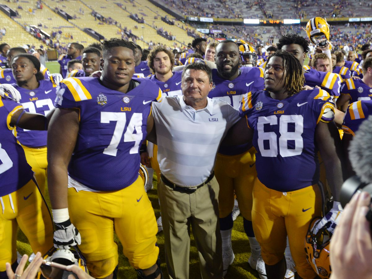 LSU favored by nearly two touchdowns against Ole Miss