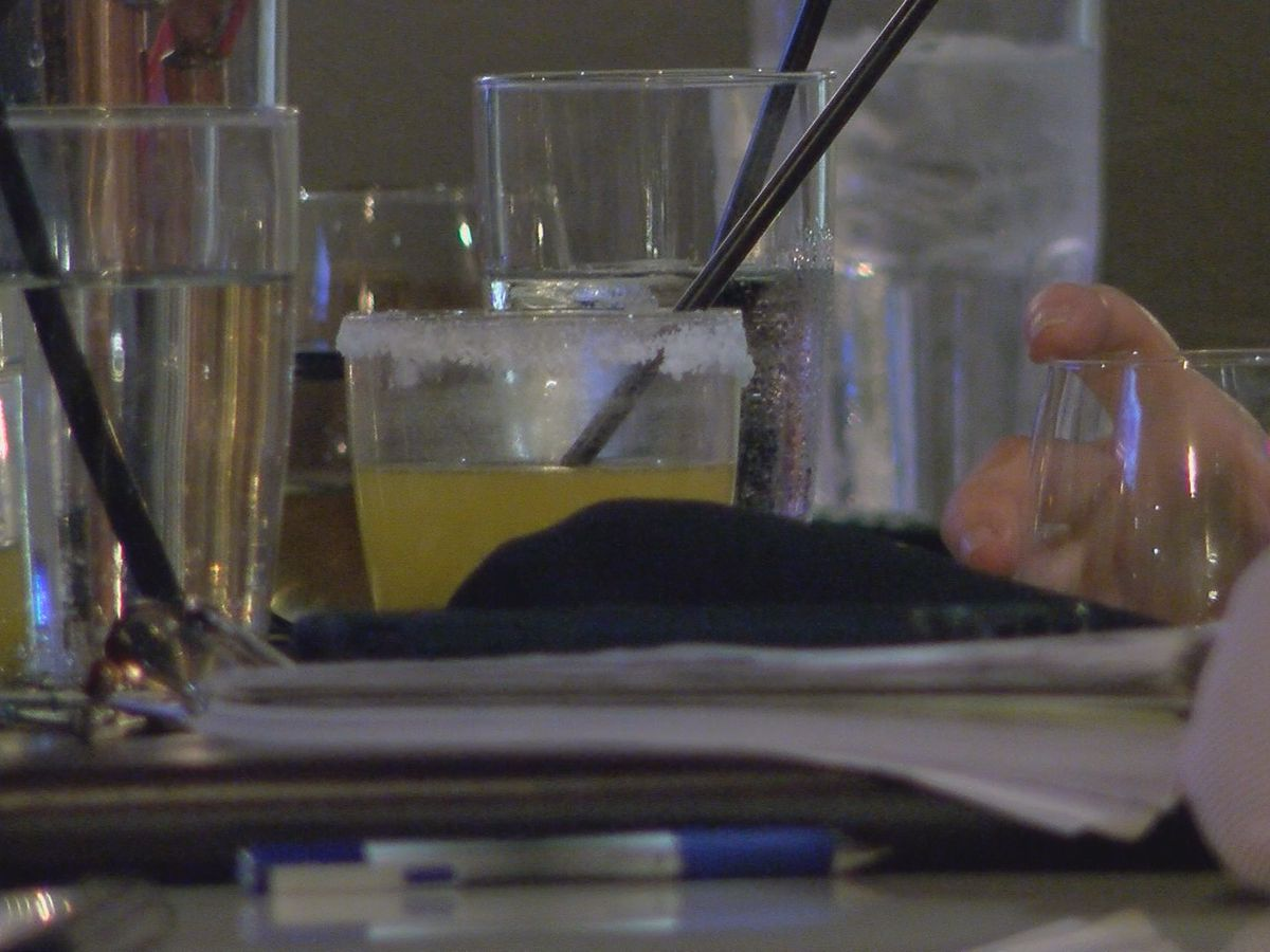 Most Louisiana bars to be forced to close