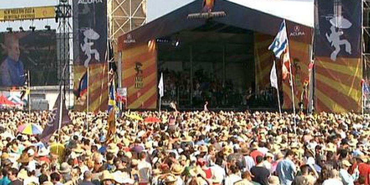Jazz Fest crowds, lines, parking - should organizers limit tickets?