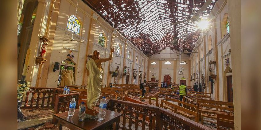 Investigator: 7 suicide attackers behind 6 Sri Lanka blasts
