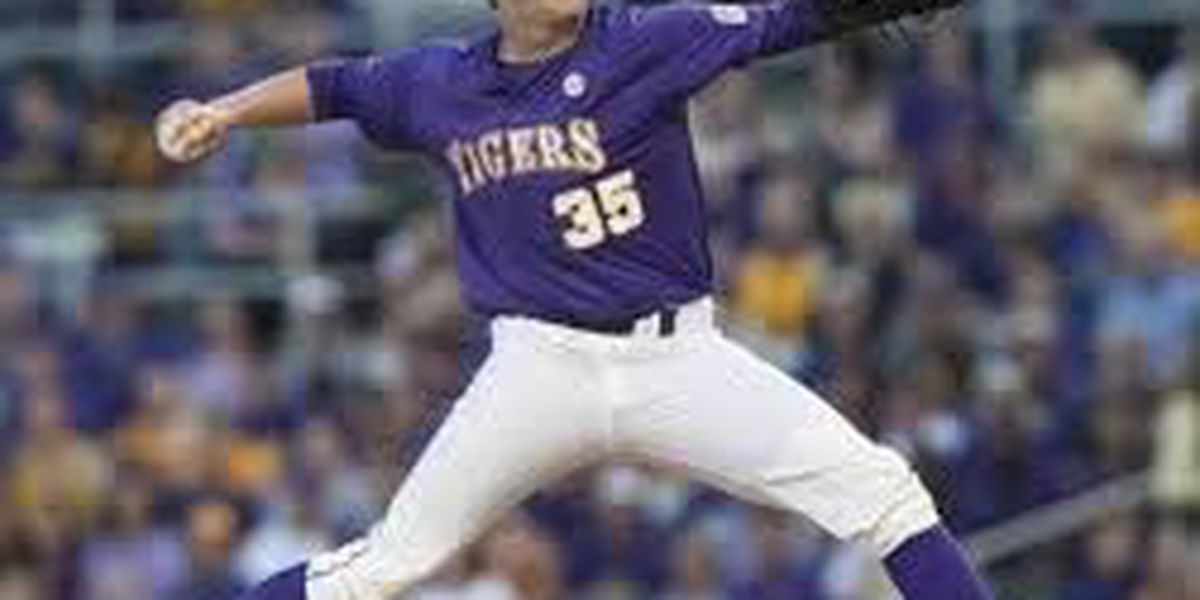 Alex Lange leads LSU baseball to 4-0 victory over Cincinnati