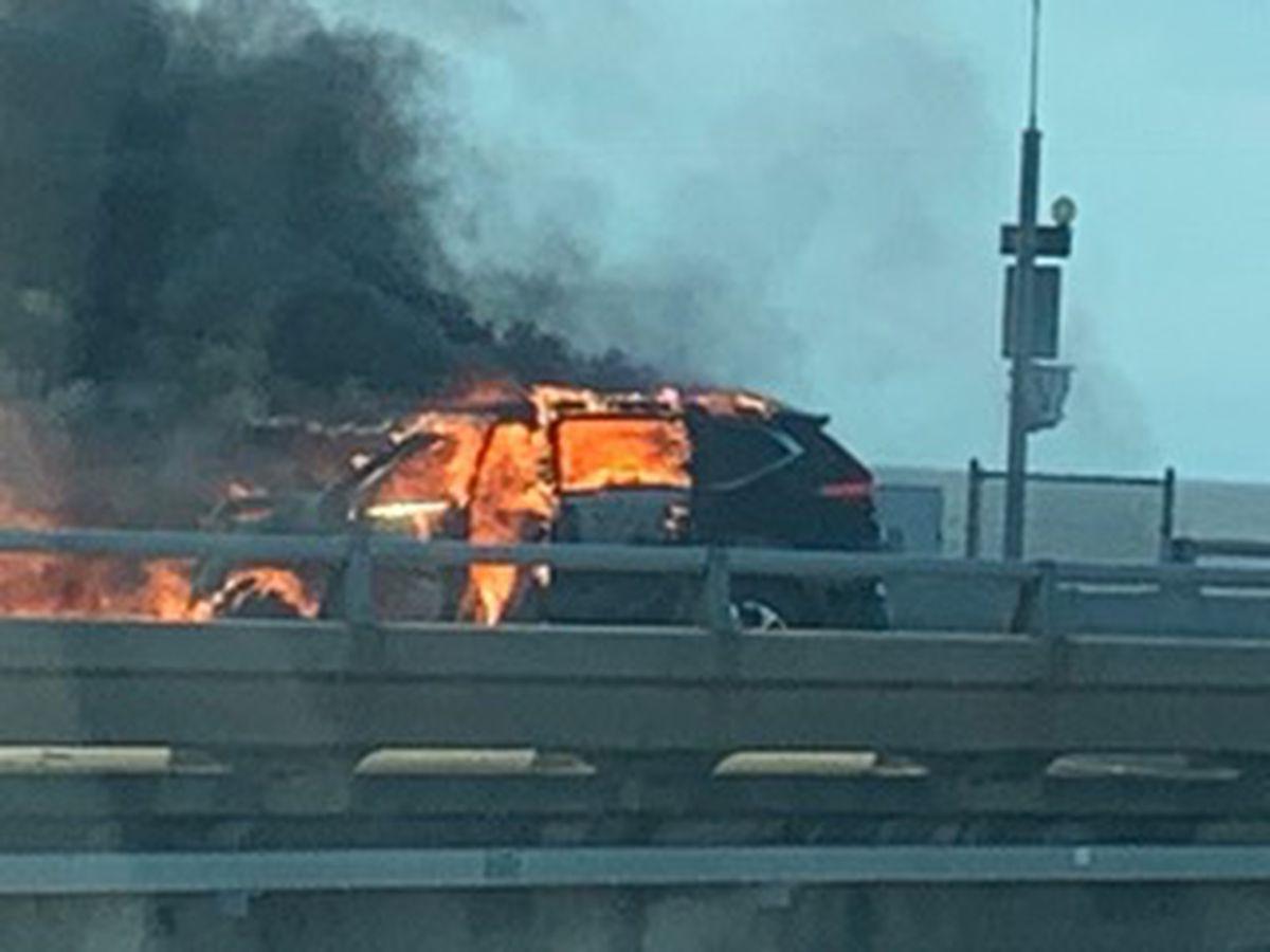 Crash closes Causeway Bridge in both directions