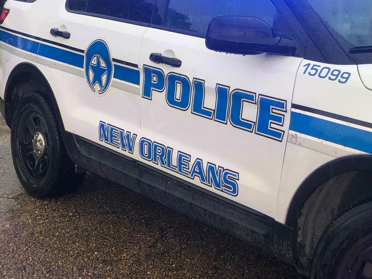 Police: Shootout erupts at New Orleans gas station during truck theft