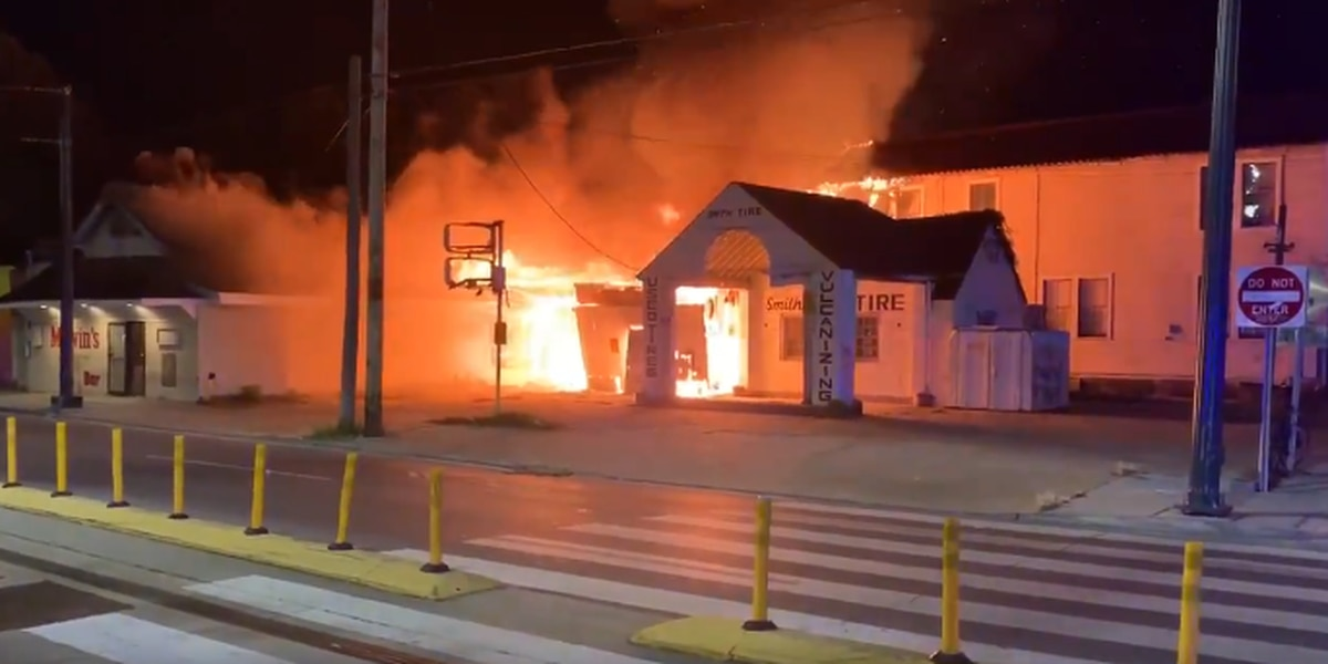 VIDEO: 2-alarm fire burns down popular Marigny bar in New Orleans