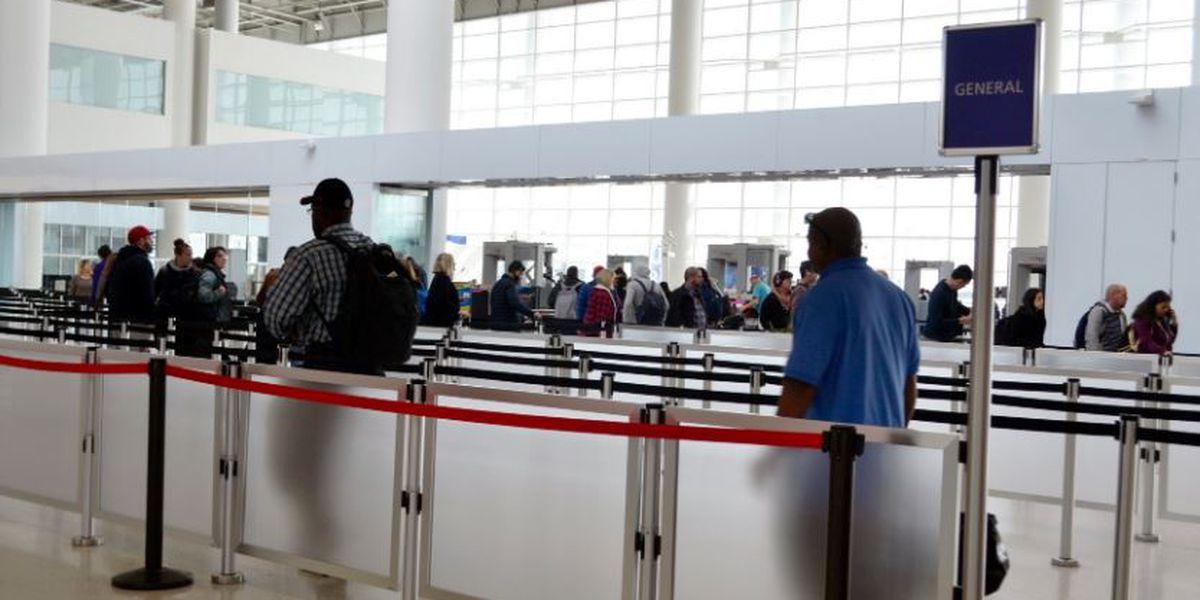 Holiday rush begins at new MSY terminal