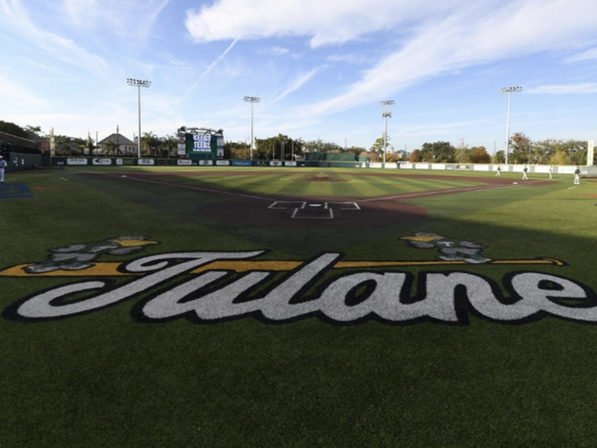 Tulane drops opener to East Carolina, 12-4
