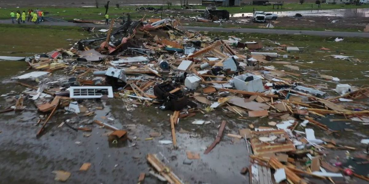 1 killed, 7 others hurt when possible tornado strikes Louisiana village
