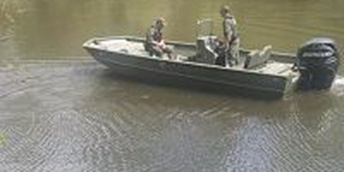 Search for missing mom continues on Pearl River