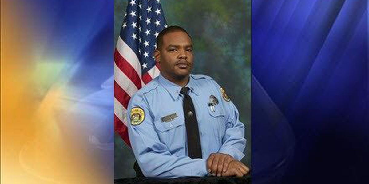 Police from across U.S., Canada offer condolences on Twitter for fallen NOPD officer Daryle Holloway