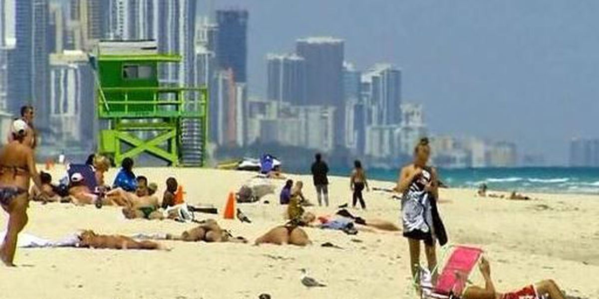 Timely tips for reducing sunburn risk this holiday weekend