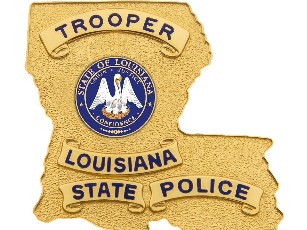 Man dies after losing control of motorcycle on River Rd.