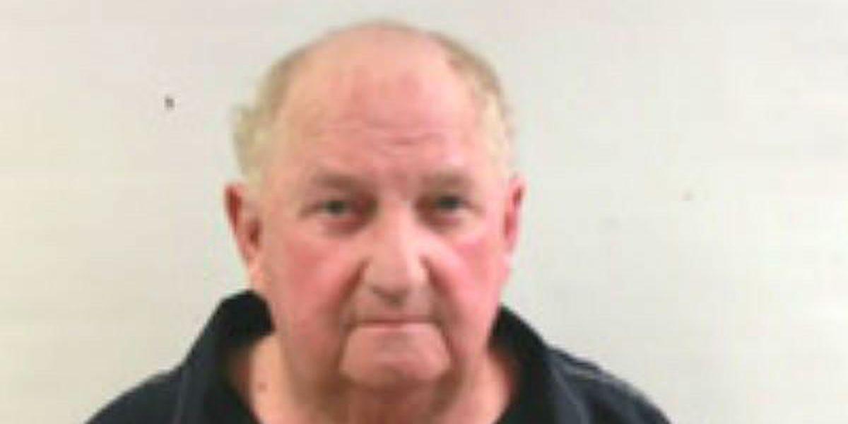 Former DA investigator accused of exchanging cash, drugs for sex
