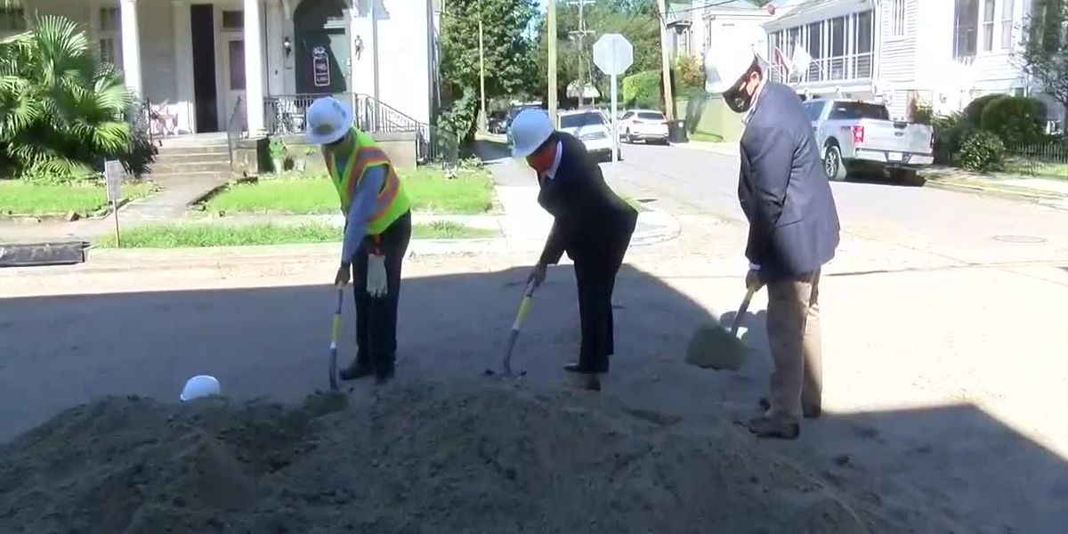 Mayor Cantrell breaks ground on Audubon road project