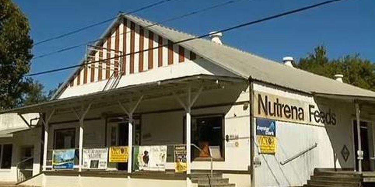Heart Of Louisiana Old Covington Feed Store Rocks On Saturdays