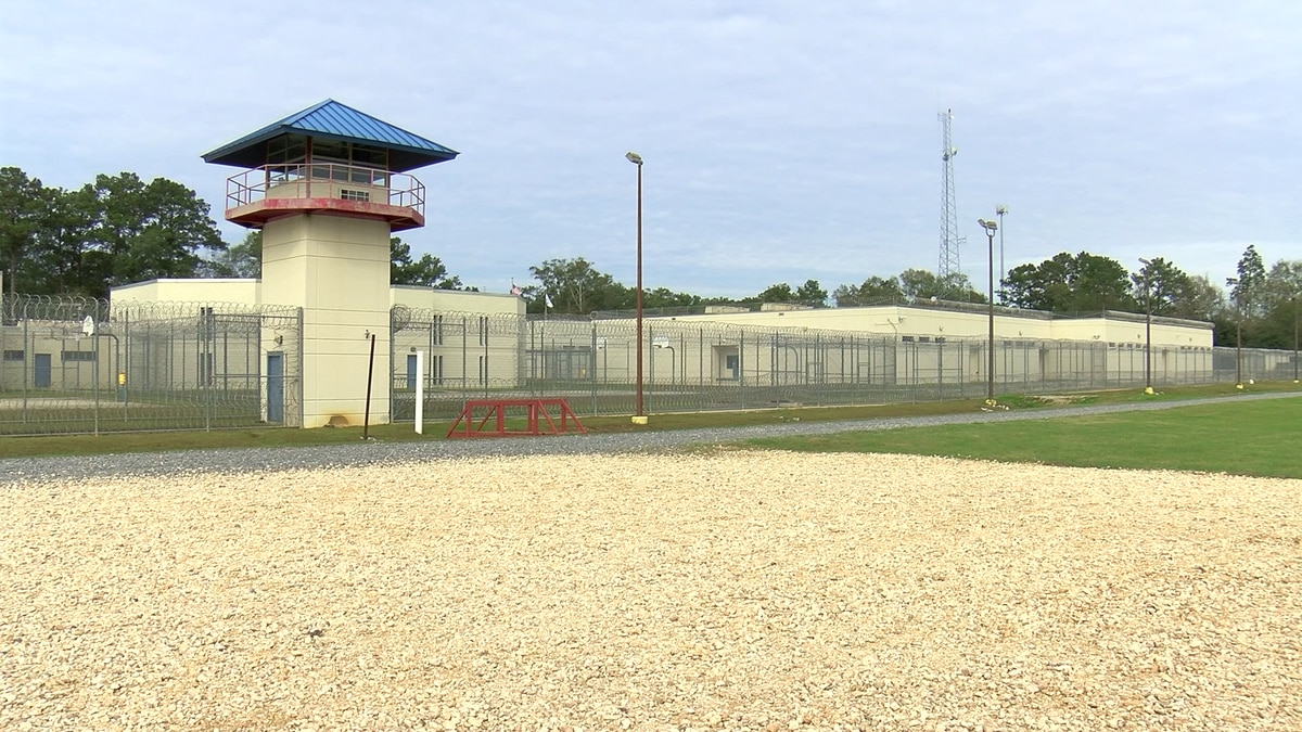 Zurik: Attorneys ask judge to end St. Tammany Jail's extended use of holding cells, citing concerns of COVID-19