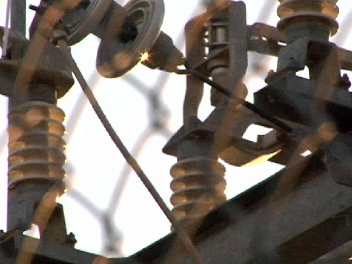 Power outage numbers in Jefferson Parish improving