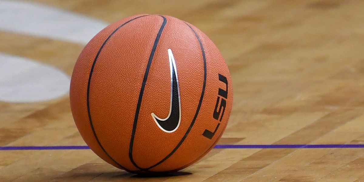 SEC postpones all of Thursday's basketball games