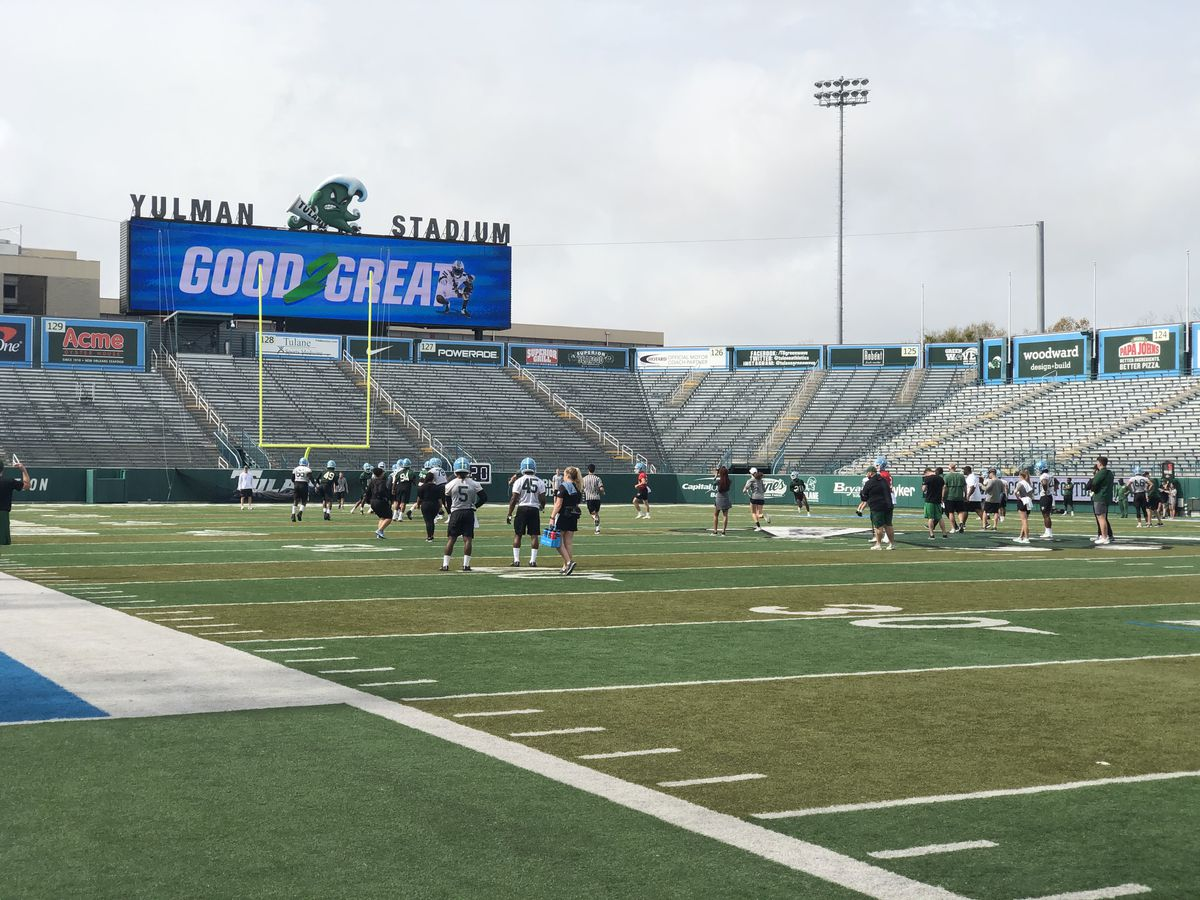 Quarterback competition underway at Tulane spring practice