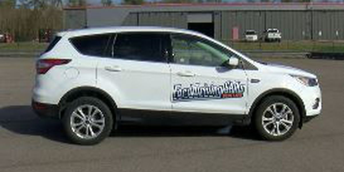 Driving skills instructors offer free course for teens