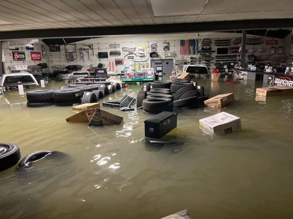 Baton Rouge area businesses flood during heavy rainfall, company reporting tens of thousands of dollars in damages