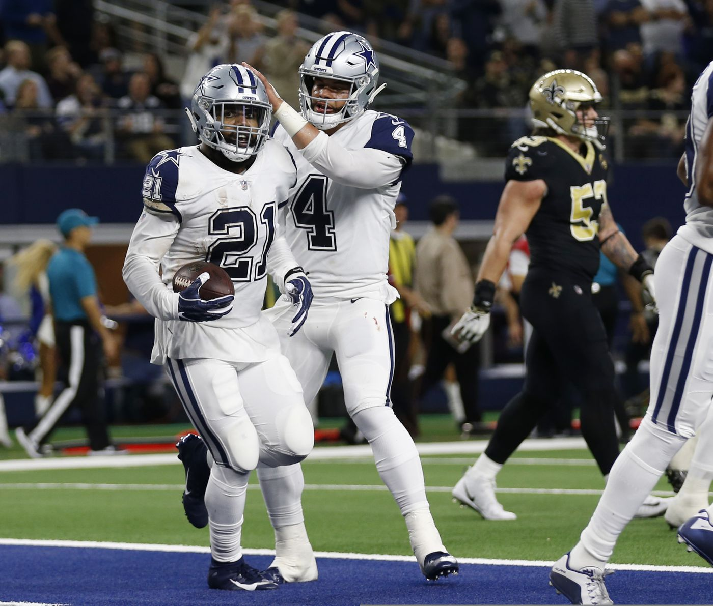 Dallas Cowboys running back Ezekiel Elliott (21) celebrates his touchdown  against the New Orleans 2f86e1114