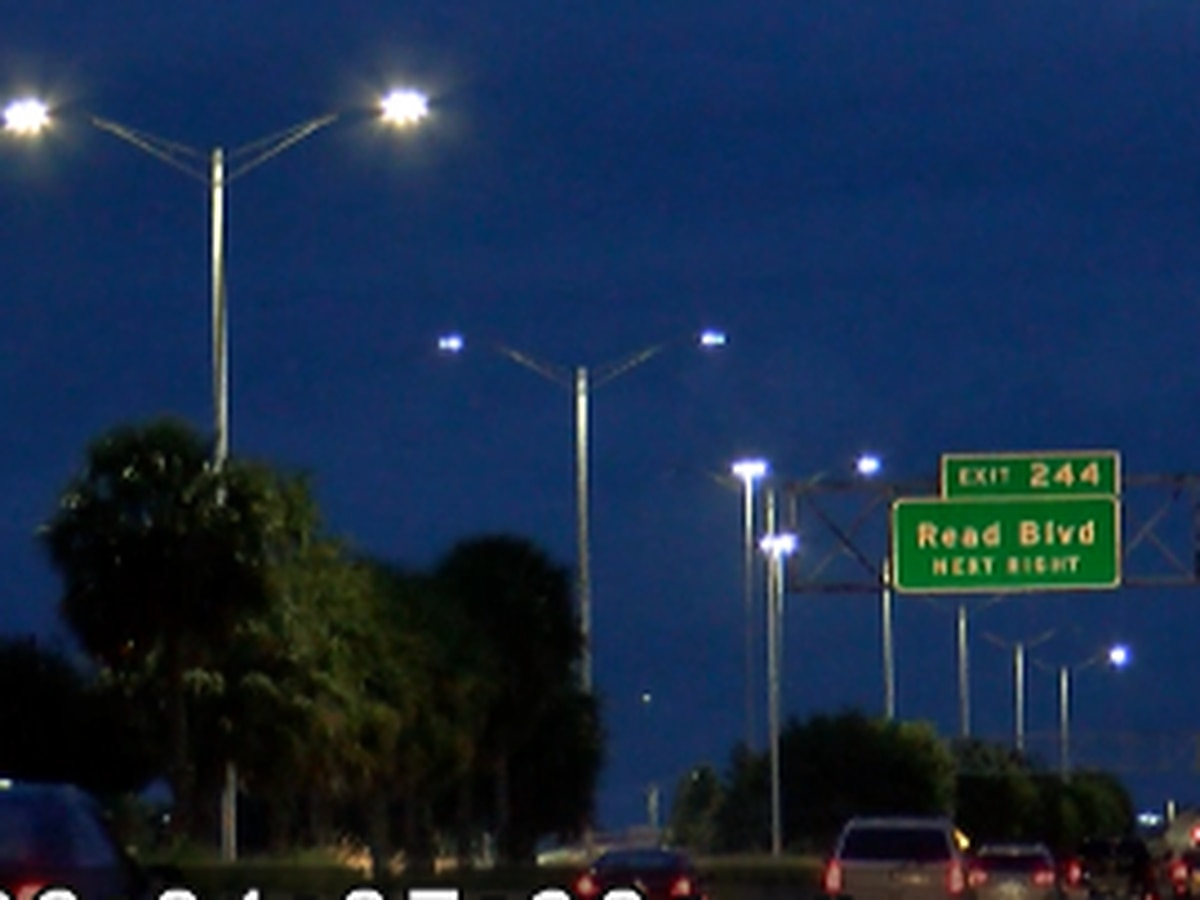FOX 8 Defenders: I-10 lights project in N.O. East near completion