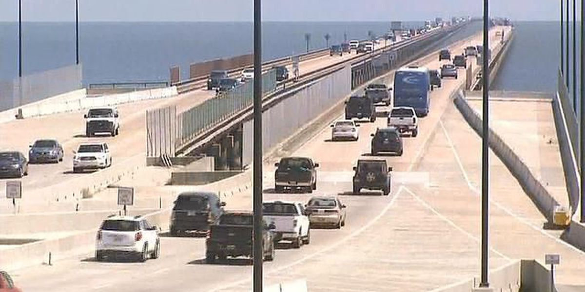 Motorcyclist injured in Causeway accident; span reopens