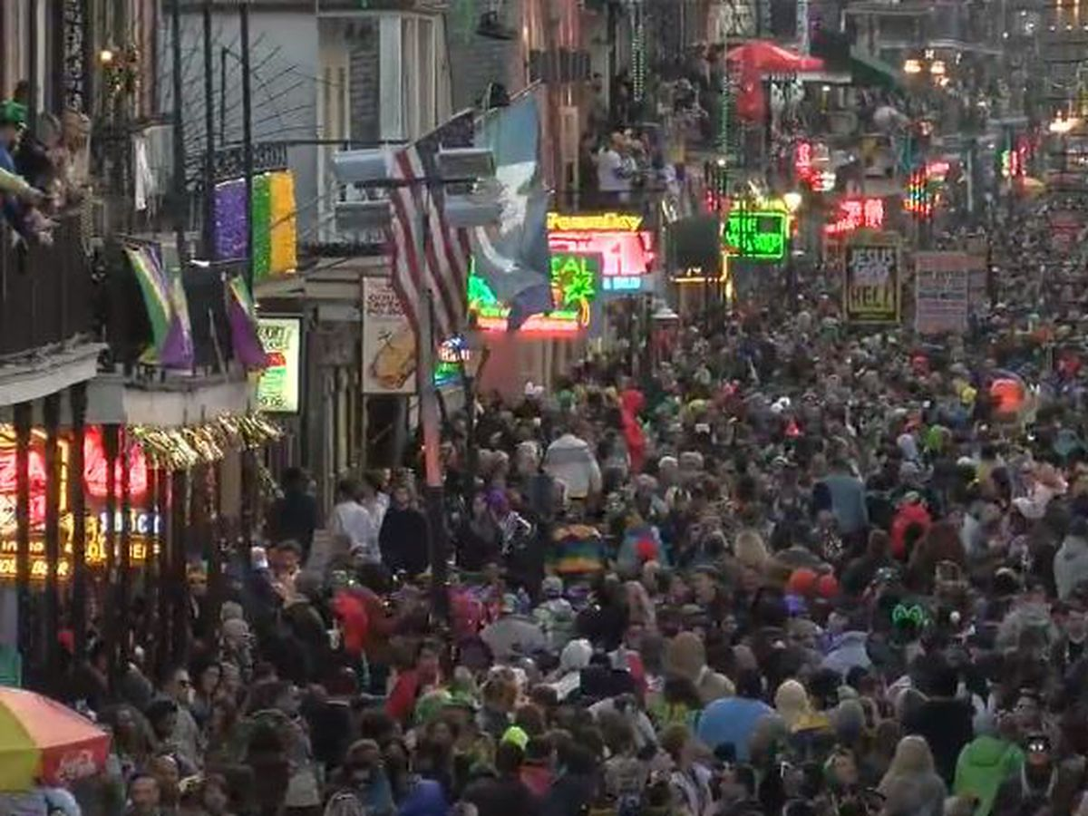 VIDEO: Bourbon St. party going strong in final hours of Mardi Gras 2019