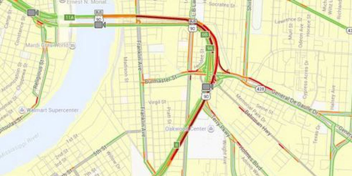 Traffic Now: Bunching and backups in several spots