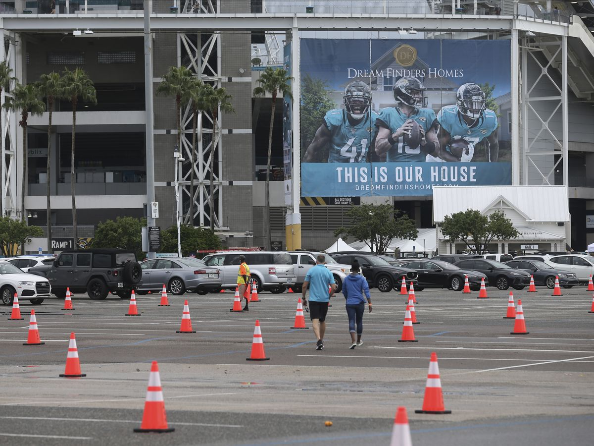 Patriots back to work, Jaguars work remotely after positive COVID-19 test