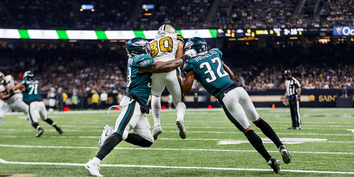 Saints win streak extends to nine games after blowout win over the Eagles