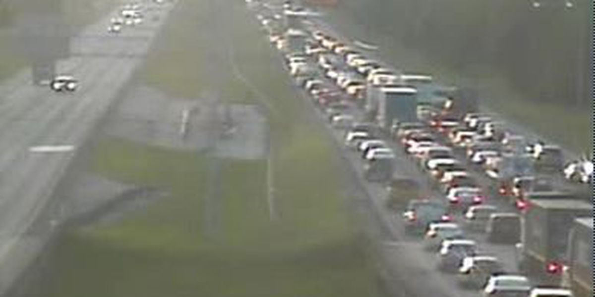 Accident on I-10 EB at Veterans Blvd. causes major delays