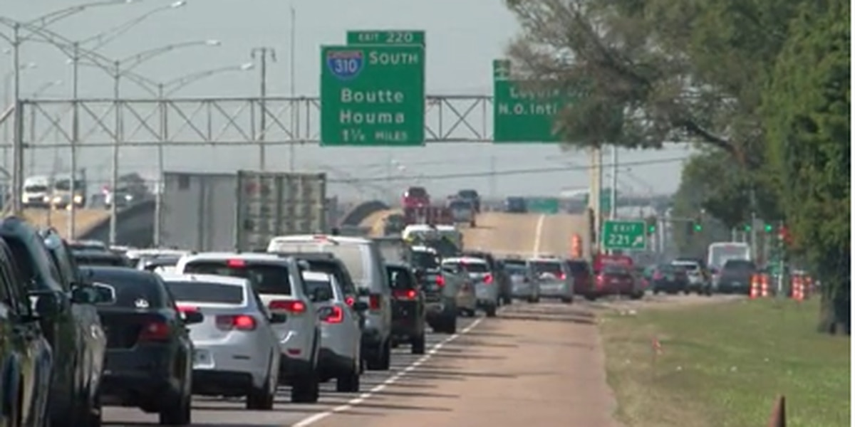 5 accidents occurred on I 10 near airport after new terminal opening