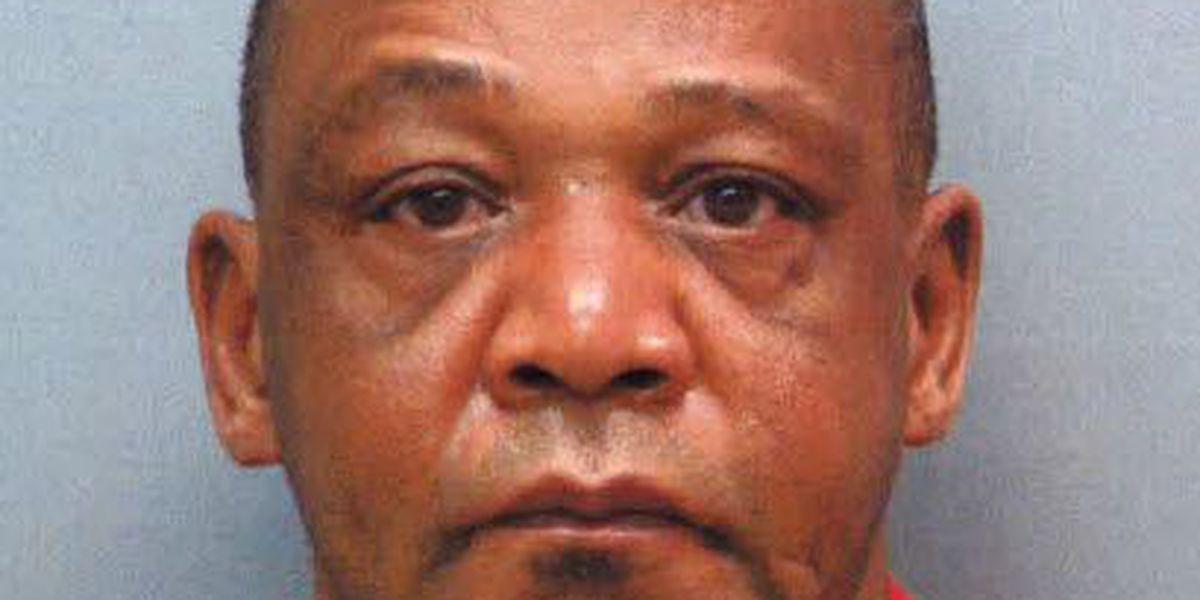 Thibodaux police arrest Galliano man accused of robbing business