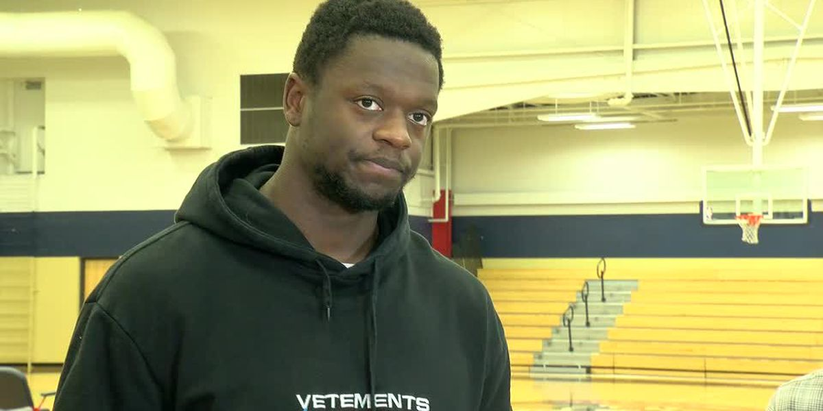 "Free agent Julius Randle ""loves it here, but will see what happens"""