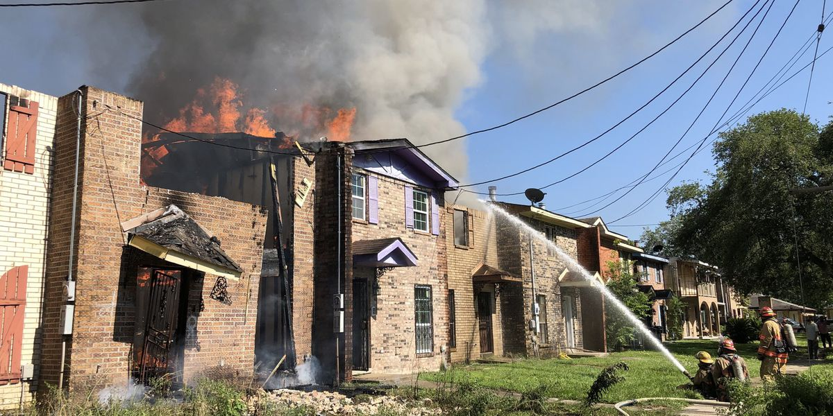 NOFD: 2-alarm fire in Gentilly damages multiple townhomes
