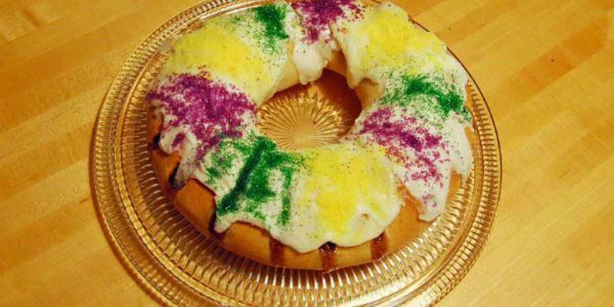 Send king cakes to troops overseas